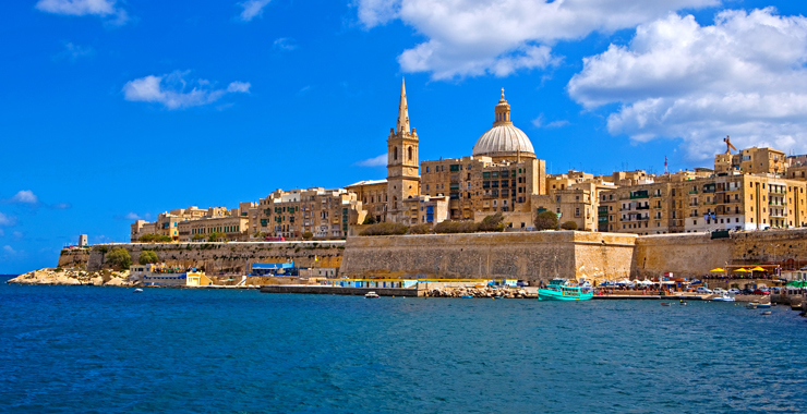 MALTA AT THE CROSSROADS OF ARAB AND EUROPEAN INFLUENCES